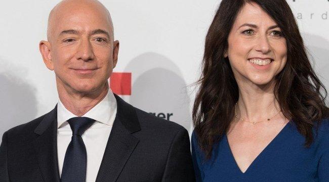 Elvált, de így is a leggazdagabb maradt Bezos