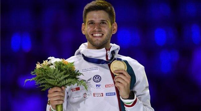 Köszönetet mondott elhunyt edzőjének a párbajtőrben vb-t nyert Siklós Gergely