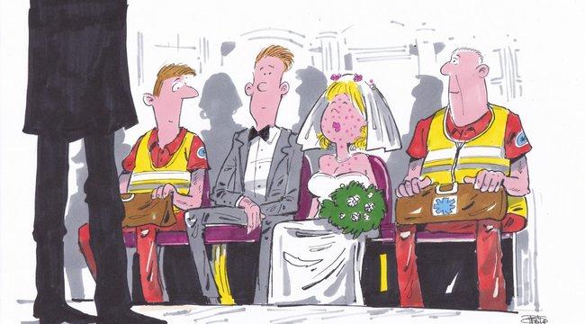 Az arák rémálma: mentősök vitték el az oltár elől a menyasszonyt