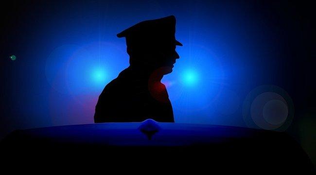 Autósokat piszkál az önjelölt rendőr