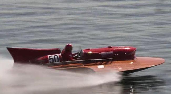 Eladó a világcsúcstartó Ferrari-hidroplán