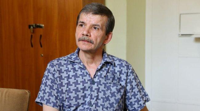 Exkluzív interjú a börtönből: gyerekként felakasztották a háromszoros gyilkos Mihályt