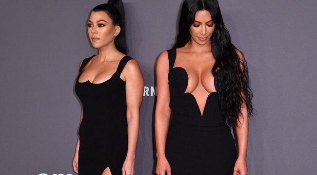 Beindult a cicaharc a Kardashian-lányok között