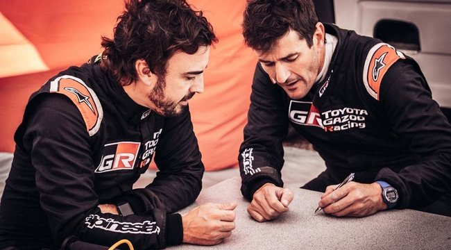 Dakar-győztesekkelkészül Alonso
