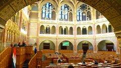 Komolytalan és szánalmas az ellenzék mai parlamenti akciója