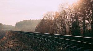 Halálos játék:Vonat előtt rohannak át a hecc kedvéért