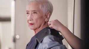96 éves Ázsia - ha nem az egész világ - legidősebb modellje. Találja ki, mióta van a szakmában!