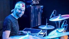 Hobbidobosból lett profi zenész a meteorológus Fejős Ádám