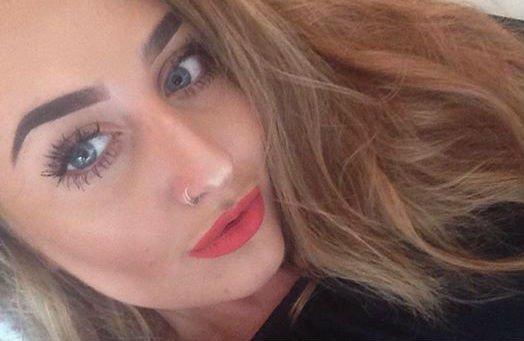 Olyat talált a barátja telefonjában a fiatal lány, ami miatt még aznap megölte magát – 18+