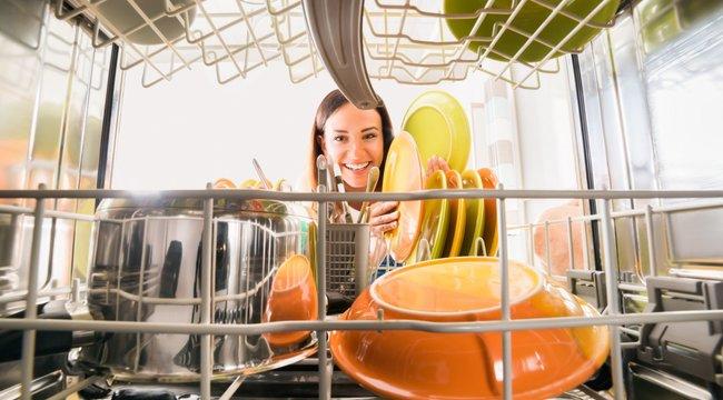 7 tipp ahhoz, hogy hozd ki a mosogatógépedből a maximumot (x)