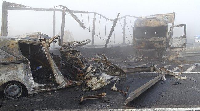 Szörnyű baleset történt az M5-ös autópályán: heten meghaltak