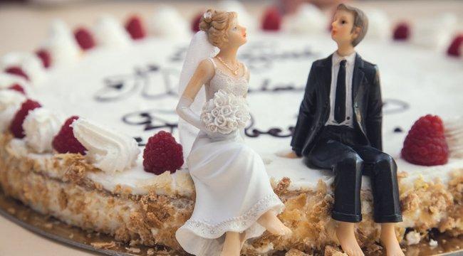 Szánalmas indokkal mondta le az esküvőjét egy héttel a nagy nap előtt