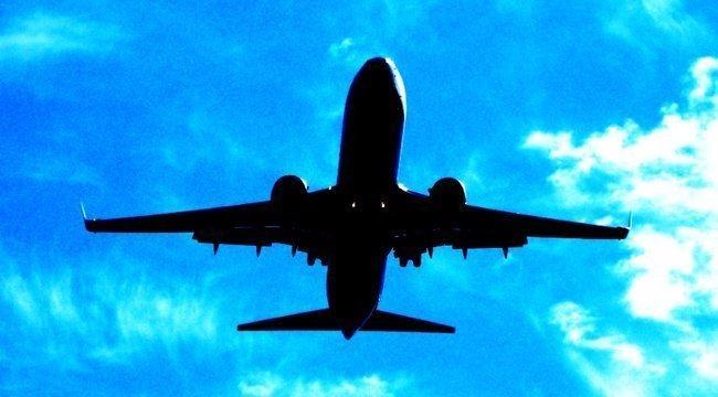 Felháborító kérdéssel borzolja a kedélyeket egy légitársaság