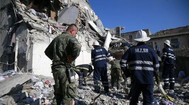 Az egész Balkánon végigsöpörta földrengés, Boszniában is megmozdult a föld – megrázó fotók