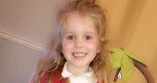 Hirtelen megállt az ötéves kislány szíve,miközben otthon játszott