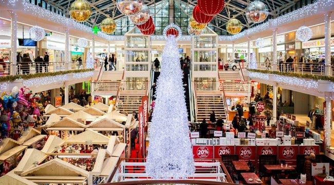 Nem árt észben tartani: December 24-én országszerte így lesznek nyitva a nagyobb üzletek