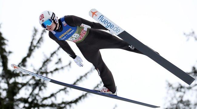 Már két helyszínen nyert a 21 éves norvég – A semmiből ugrott az élre Lindvik
