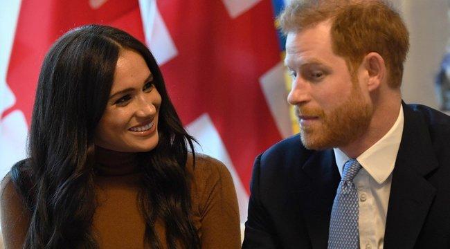 Barátnője előre figyelmeztette Meghant az udvari élet veszélyeire - Elton John előbb tudta, hogy lelépnek, mint a királynő