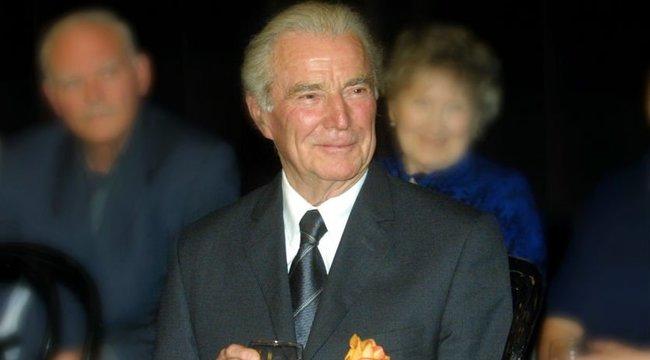 100 éve született – Tortát neveznek el Zenthe Ferencről