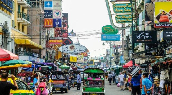 Élvezkedő szellemektől rettegnek a thai férfiak