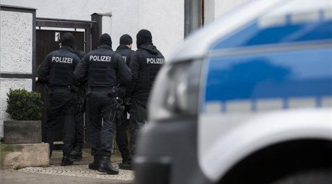 Németországban betiltották a Combat 18 nevűneonácicsoportot