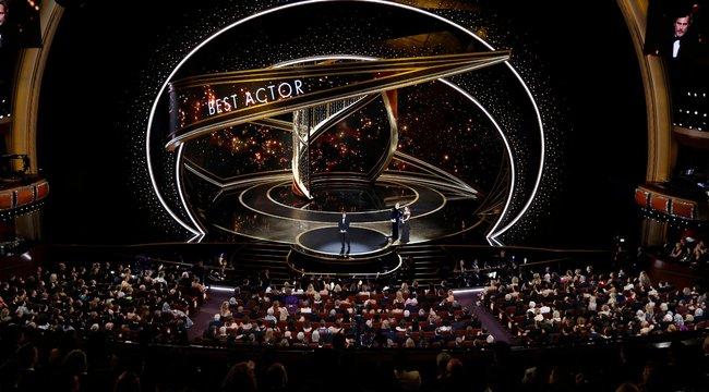 Történelmet írt az Élősködők az idei Oscar-gálán – fotók
