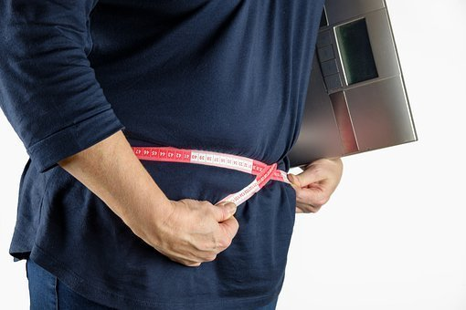 Kövér hasa mentette meg egy nagypapa életét