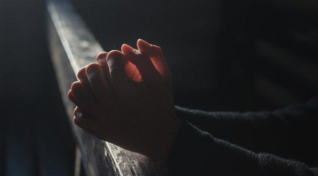 A testi kontaktus kerülését kéri az evangélikus egyház az istentiszteleteken