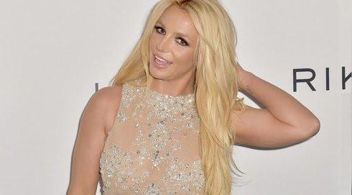 Szexi fotókkal köszöntötte szerelmét Britney Spears
