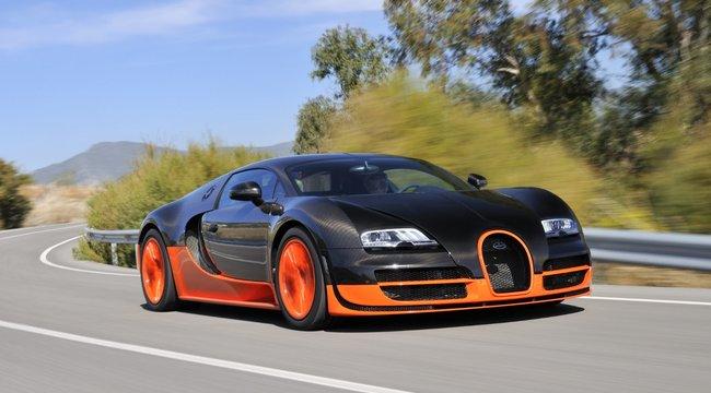 Sebességrekordért küzd a Koenigsegg és a Bugatti