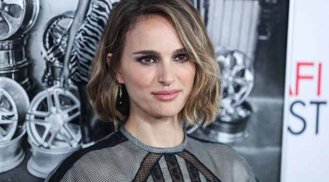 Natalie Portman főzőleckét adott otthonából– videó