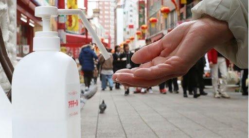 Egy kínai, kormányzati tanácsadó szerint április végére már minden ország kordában fogja tartani a vírust