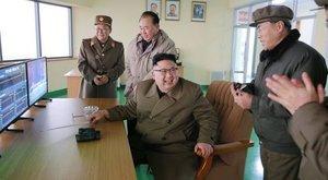 A világjárvány sem lehet akadály -Észak-Korea ismét rakétákat lőtt ki az ország keleti partjáról