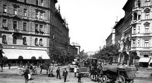 Retró krimi: Ellopta, majd eladta az egész Rottenbiller utcát János