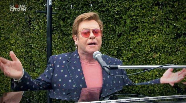 A britek beszóltak Elton Johnak