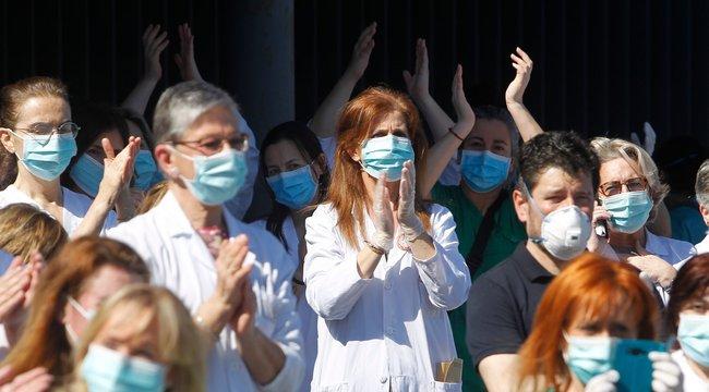 Hétköznapi hős –Kórházi dolgozókat nyaraltat Barna