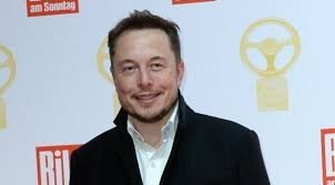 Azt hitték csak viccel Elon Musk, de tényleg a X Æ A-12 nevet kapta a kisfia