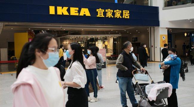 Még csak most nyitott ki, máris nyilvánosan maszturbáltak a kínai IKEA díszleteiben – 18+