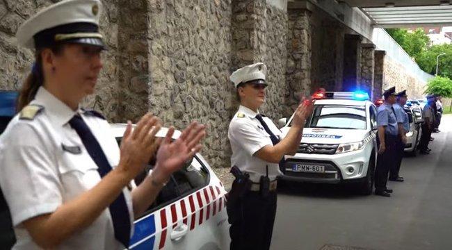 Rendőrök lepték meg a pécsi egészségügyi dolgozókat – videó