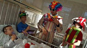 Hétköznapi hős: Bohócként járja a kórházakat Jack