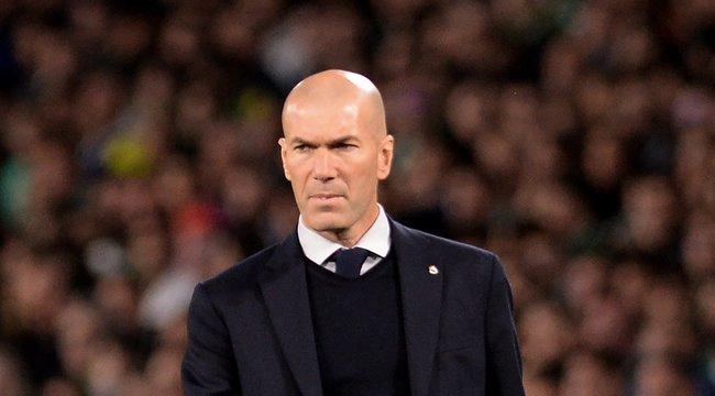 Zidane félmilliója bánja a tilos kocsikázást