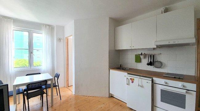 Kicsi, de a toppon van! A hét ingatlana: egy 23,9 milliós lakás a Kiscelli utcában