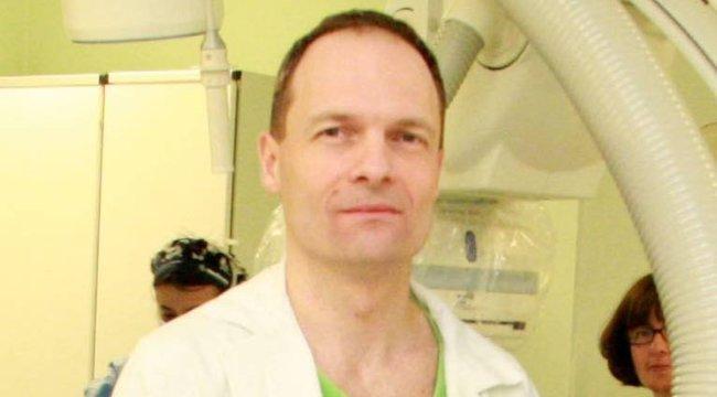 Már harmadszorra gyógyít vérplazmájával a koronavíruson átesett magyar kardiológus – fotó