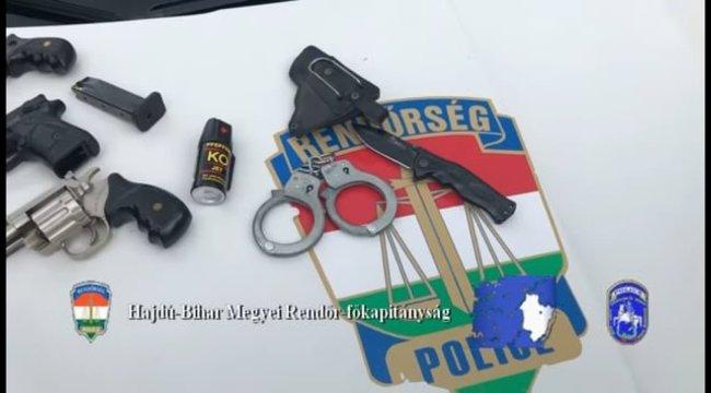 Három pisztollyal ment sörözni a debreceni férfi