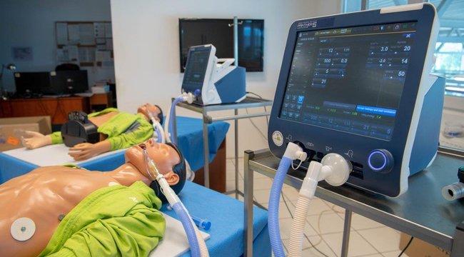 Vácott gyártják a világegyik legjobb lélegeztetőgépét