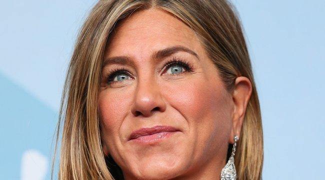 Ki akarták rúgni Jennifer Anistont a Jóbarátokból