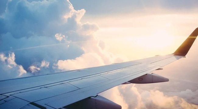 Ilyen az igazi csoda: frontálisan ütköztek a repülők, de mindenki túlélte
