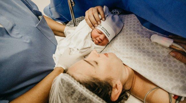 Súlyos a baj egy háromnapos nyíregyházi baba anyukájánál, összefogtak a sztárok