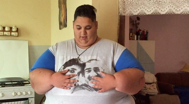 Hét kilótól máris megszabadult a 300 kilós tini, Géza – videó