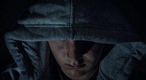Túlélő tippek – Imitáljon hányást, ha netán elrabolnák!